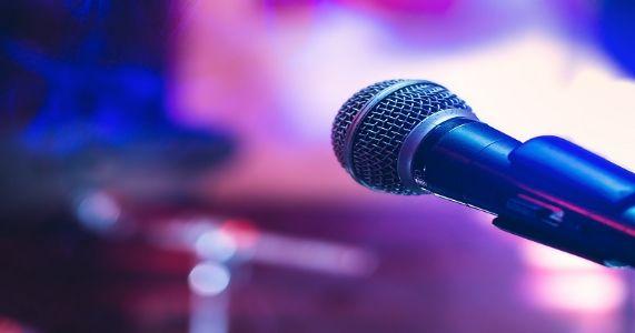 'सुर-ताल कराओके क्लब' प्रस्तुत कराओके ट्रॅक गायन स्पर्धा !