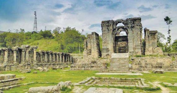 काश्मिरातील ५० हजार बंद मंदिरे केंद्र सरकार खुली करणार!