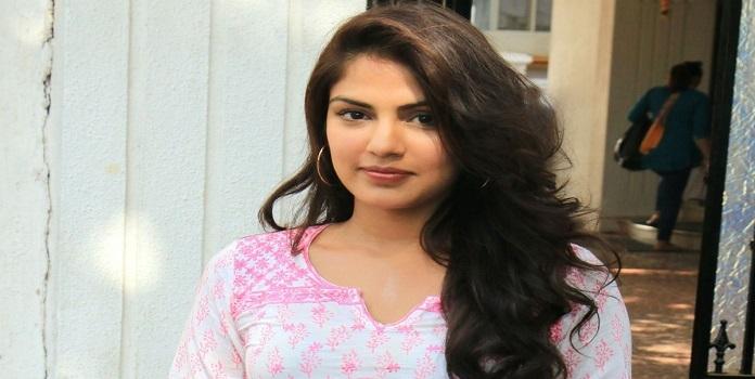 Rhea Chakraborty _1