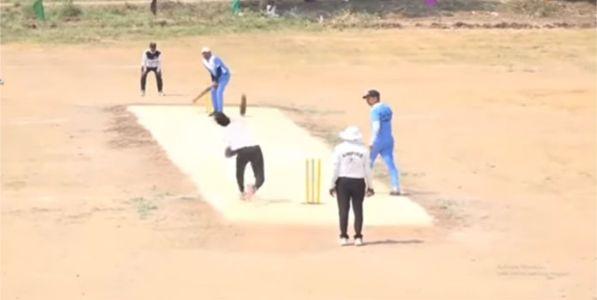 भर सामन्यात क्रिकेटपटूचा हृदयविकाराने मृत्यू !