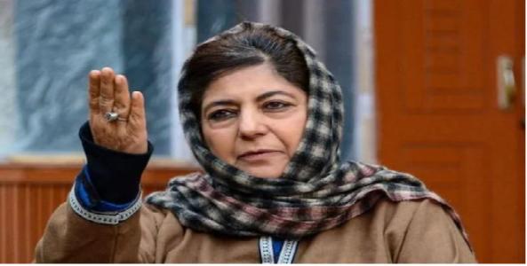 """""""काश्मीर प्रश्नावर तोडगा काढण्यासाठी पंतप्रधान नरेंद्र मोदी यांनी पाकिस्तानात जाऊन चर्चा करावी"""""""