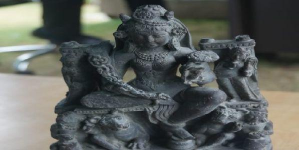 जम्मू-काश्मीरमध्ये आढळले १२००  वर्ष जुने दुर्गेचे शिल्प